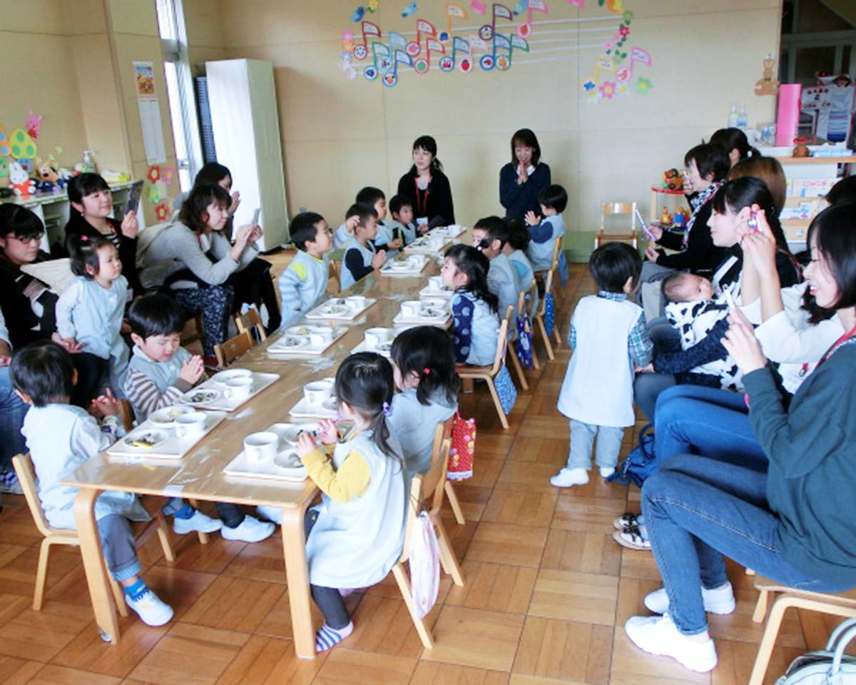 満3歳組給食参観日